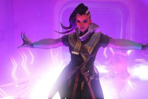 Sombra is now live in Overwatch